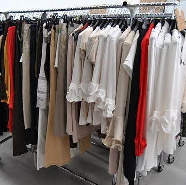 abbigliamento-negozio