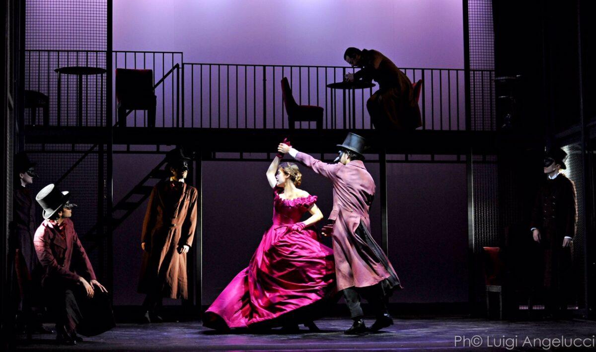 madame_bovary_khora_teatro_ph_luigi_angelucci_004