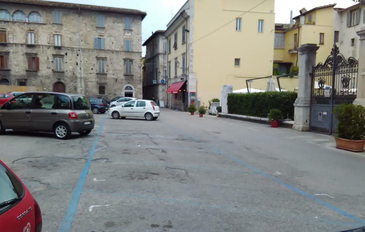 piazza-della-viola