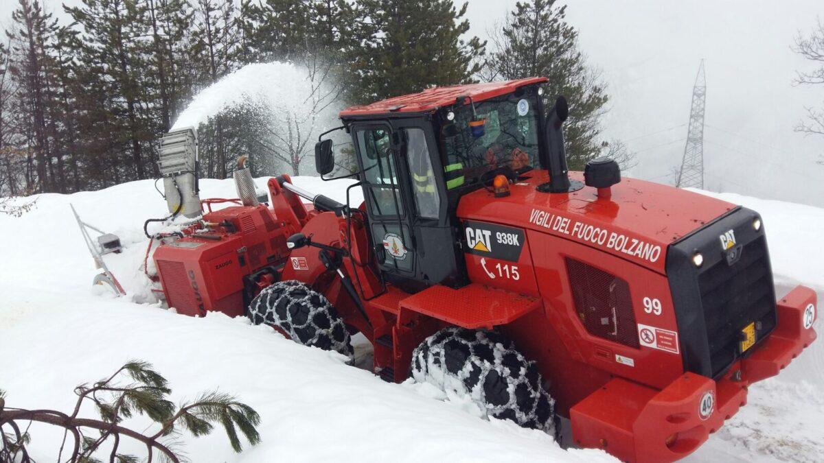 Vigili del fuoco e neve