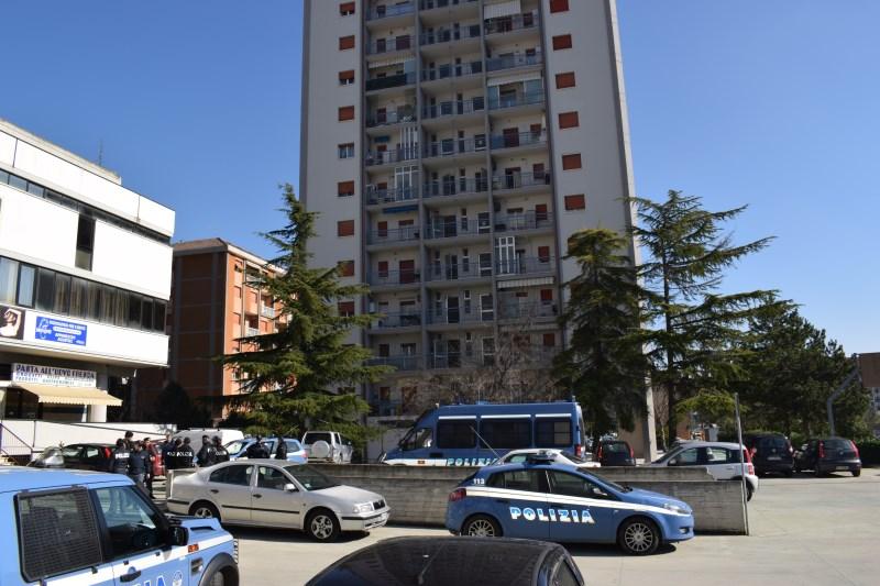 polizia a Monticelli