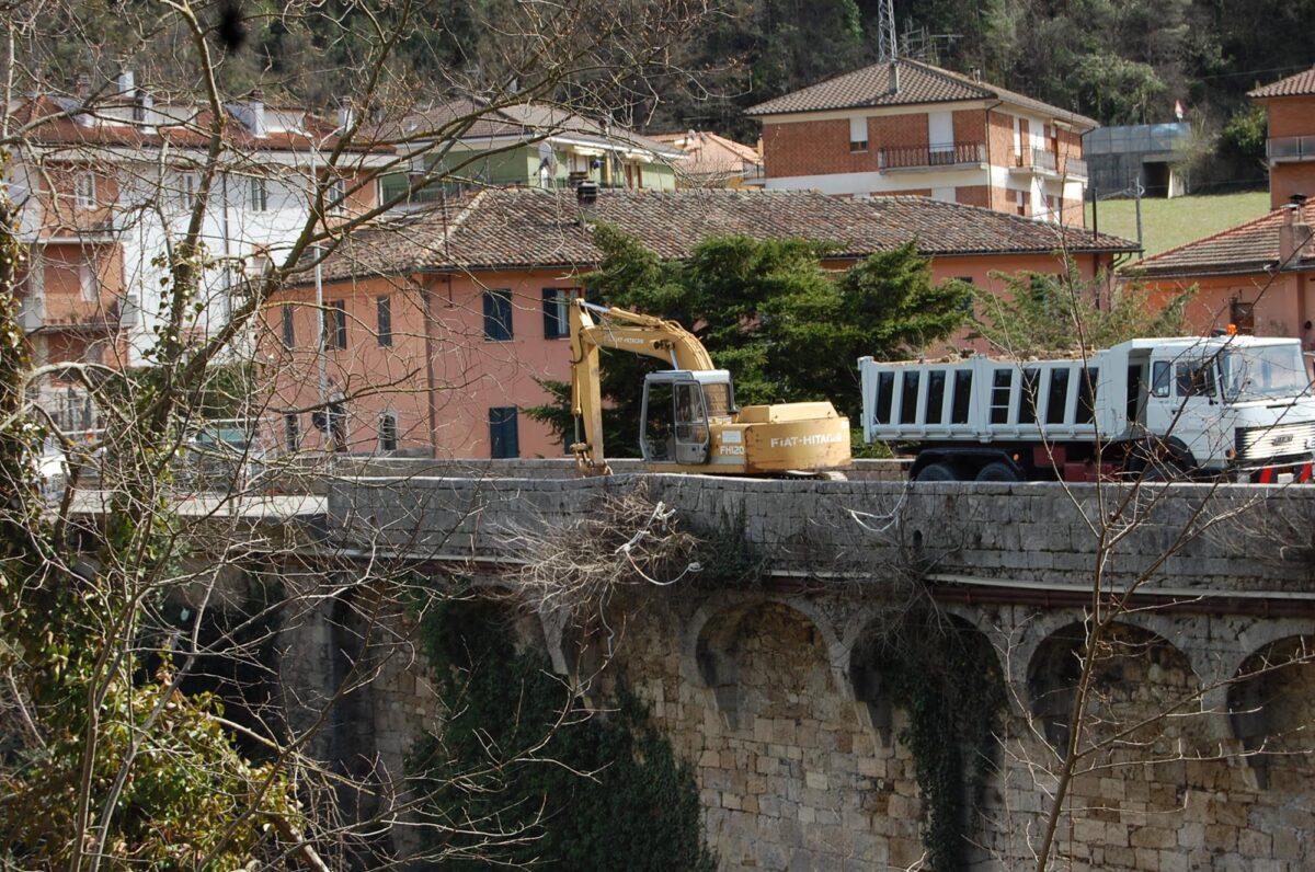 Lavori Ponte Mozzano 4