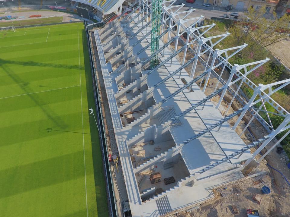 Stadio Del Duca - Tribuna Est