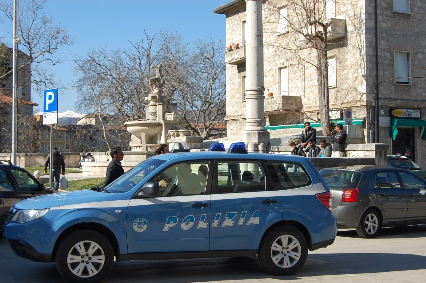 Polizia - Volante2