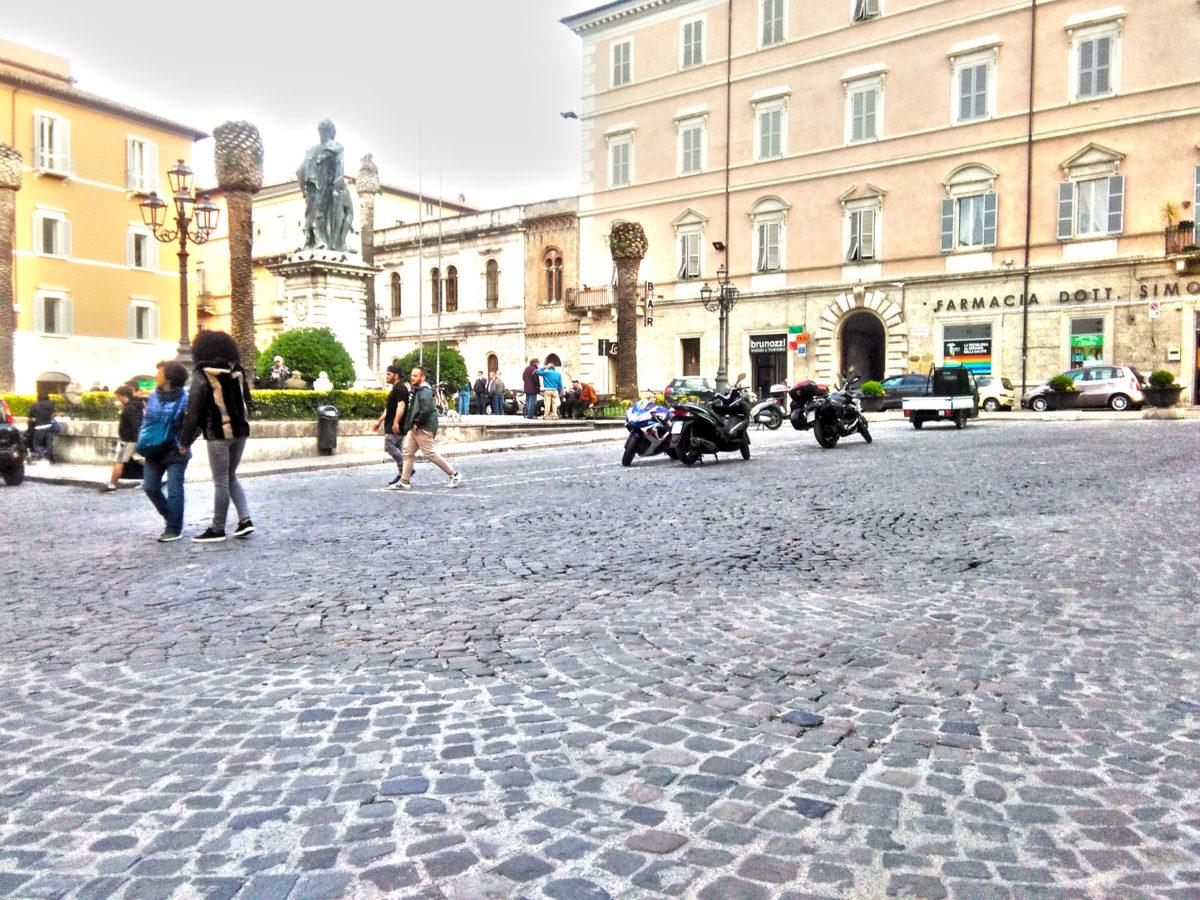 Piazza Roma HD