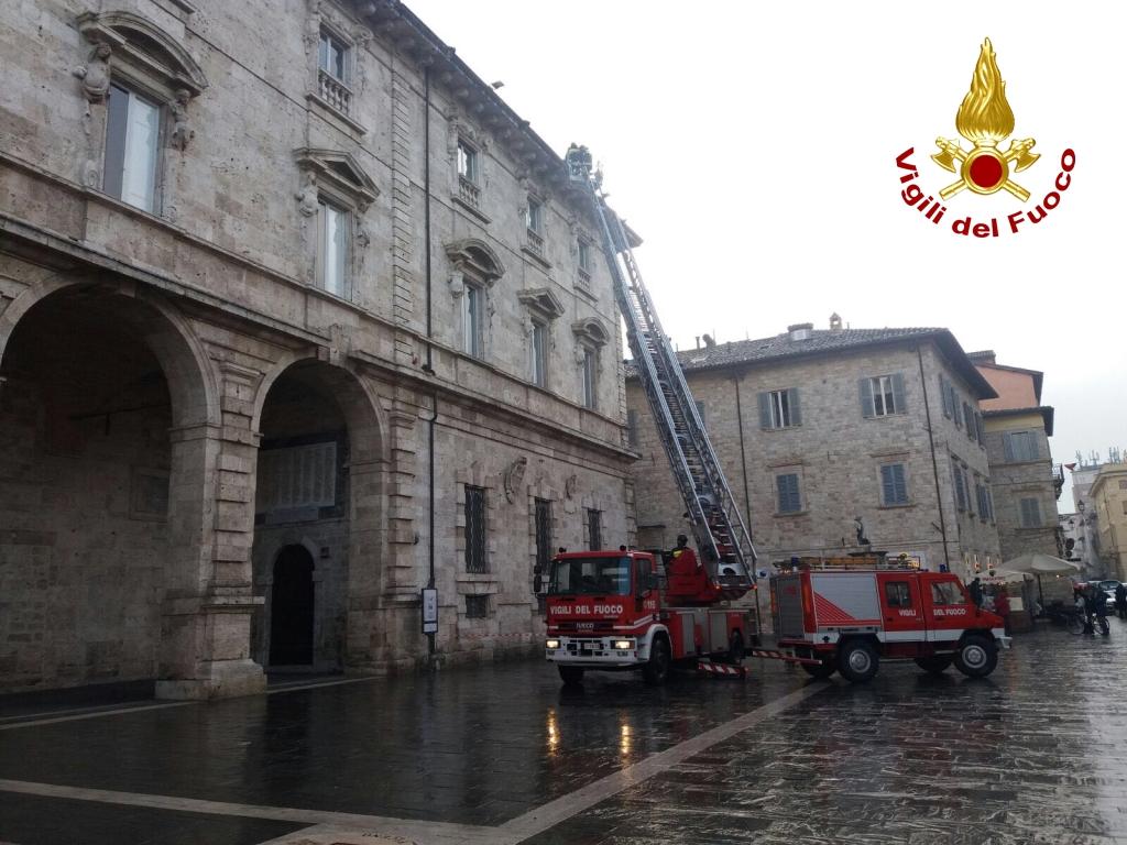 Palazzo Arengo vigili del fuoco