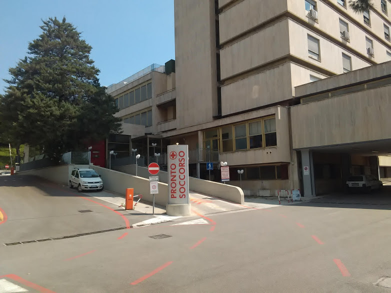 ospedale mazzoni pronto soccorso