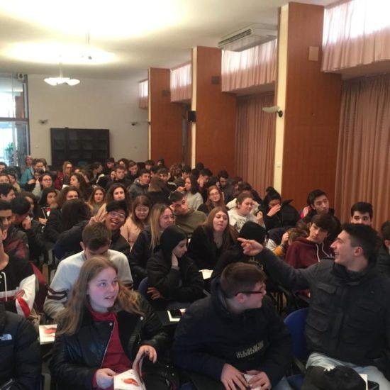 donaction con gli studenti dell'alberghiero di Ascoli (1)