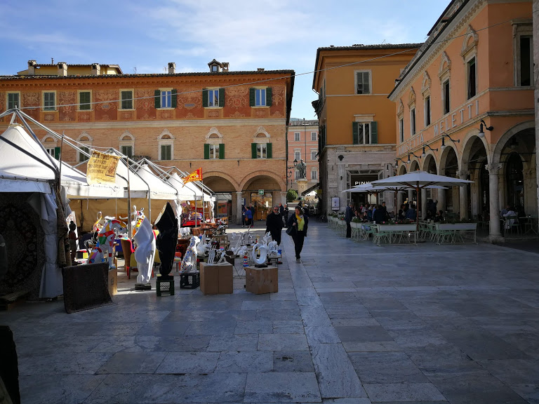 mercatino turisti