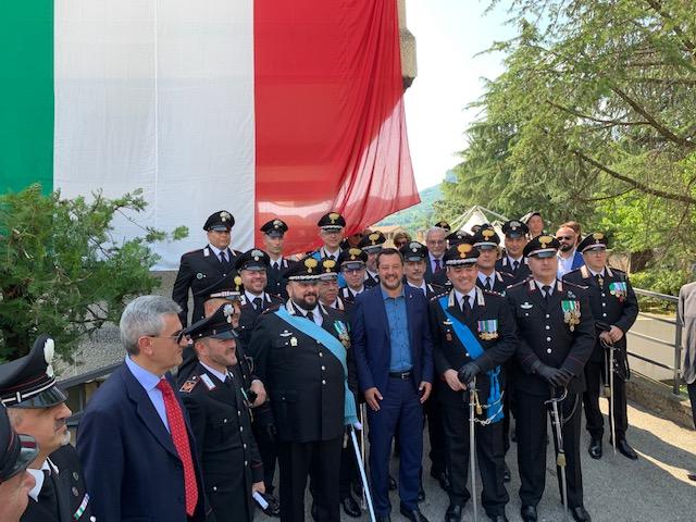 Salvini dai carabinieri